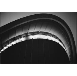 Berlin. Schwangere Auster Konzerthalle 1990