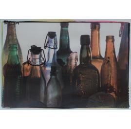 """Flessen, uit de serie """"kindertehuis"""""""