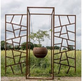 "Stalen tuinmuur - ""Triptychon plant beklimming"" - outdoor ornament - 215×195 cm"